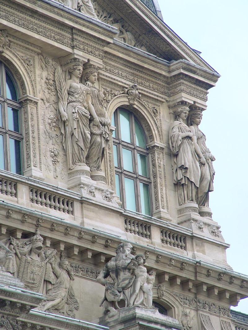 Louvre_detail