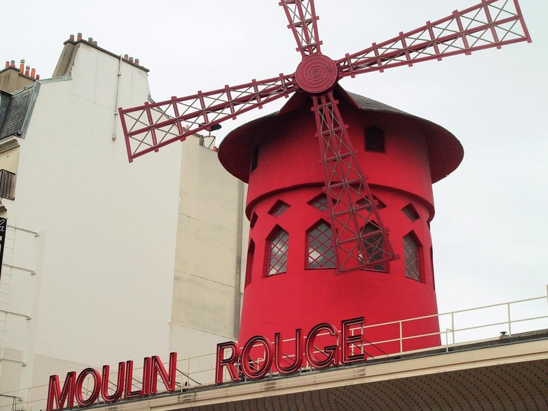 Moulin_rouge_day