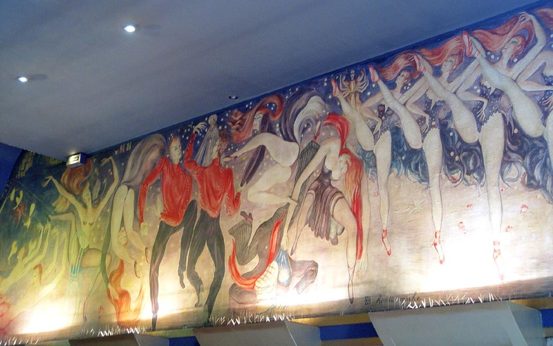 Moulin_rouge_inside_mural