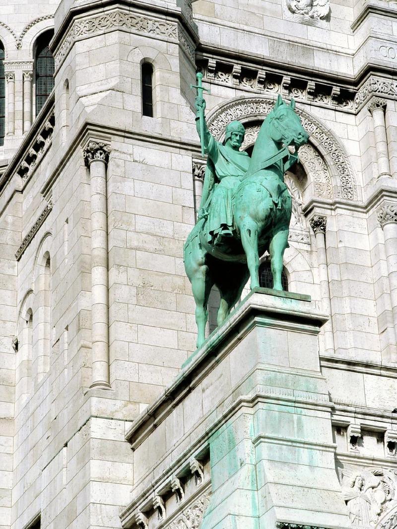Sacre_couer_statue
